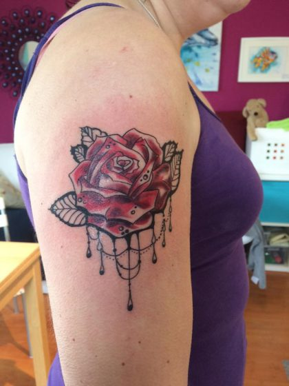 Farbreiz-Tattoo-Rose-Tattoo-1
